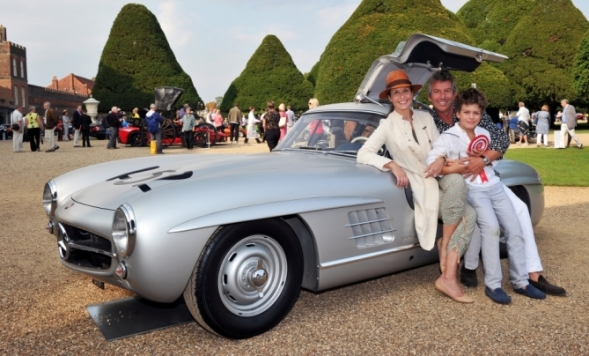 Visitors to the recent Concours of Elegance, at Hampton Court Palace, were able to vote for their personal favourite of the 60 hand-picked concours cars. The winner was a rare alloy-bodied 1955 Mercedes-Benz 300 SL Gullwing Coupe, one of just 29 alloy Gullwings built.